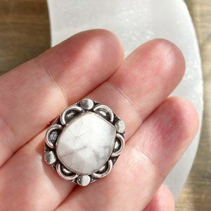 WHITE HOWLITE STERLING SILVER RING